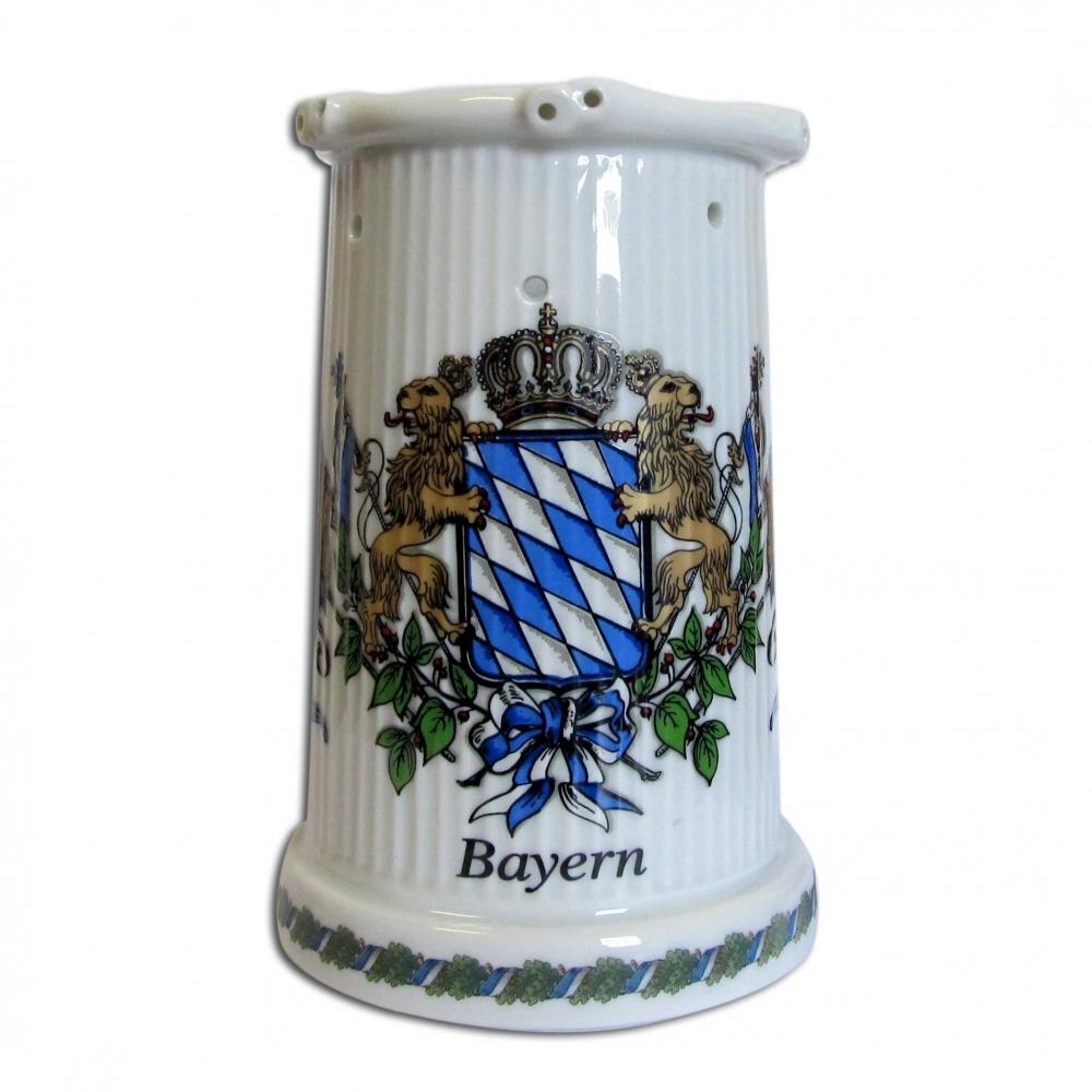 bayerischer steinkrug mit l chern so besch tzen sie ihr bier vor fremd trinkern. Black Bedroom Furniture Sets. Home Design Ideas