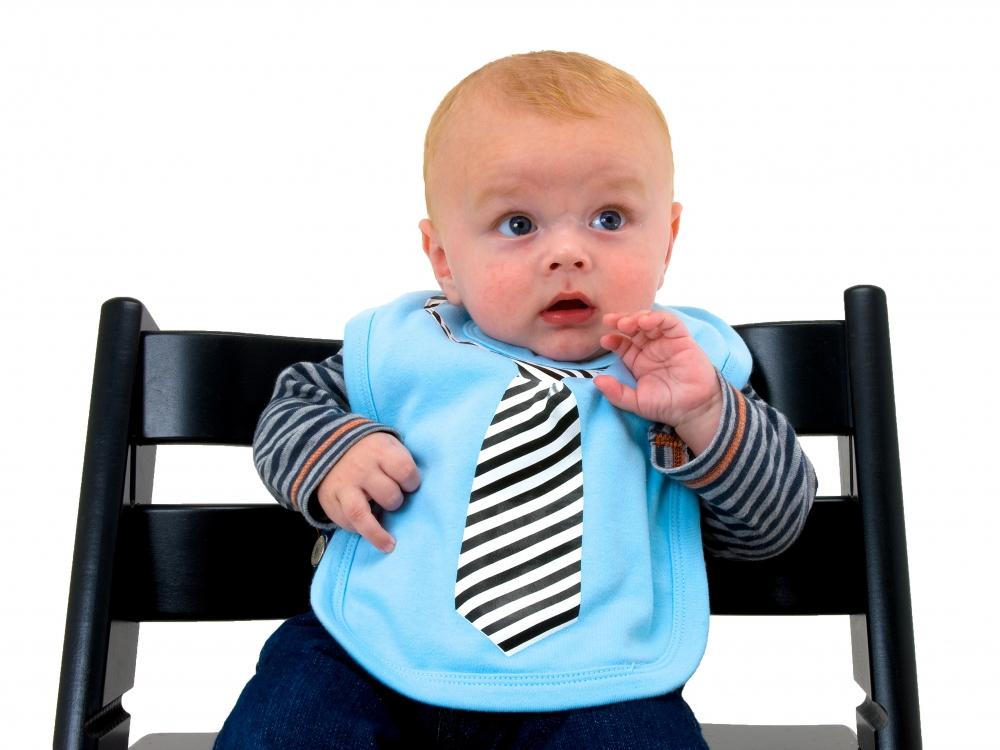 babyl tzchen mit krawatte l tzchen mit aufgedruckter krawatte. Black Bedroom Furniture Sets. Home Design Ideas
